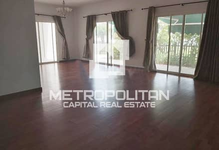 3 Bedroom Villa for Rent in Abu Dhabi Gate City (Officers City), Abu Dhabi - Elegant and Huge Unit  Available Up to 4 Payments!