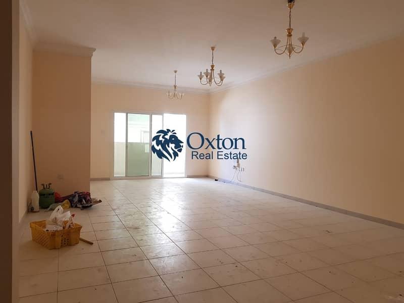 2 Huge 3-BHK No Deposit Maids Room In Al Taawun