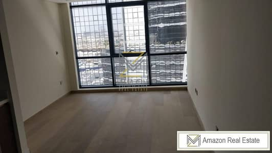 Ready to move unit - downtown - Brand new