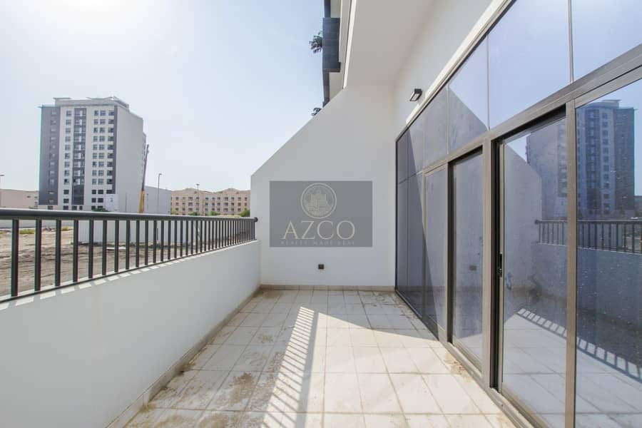 2 Grab This Modern Design Brand New Flat in City Apartments