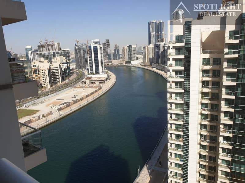 15 2 Bed + Maid Room Canal View