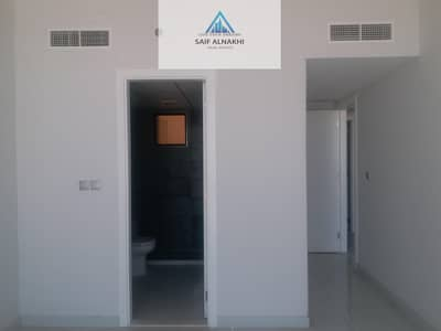 1 Bedroom Flat for Rent in Muwaileh, Sharjah - Brand new lavish apartment built-in wardrobe with balcony plus two bath