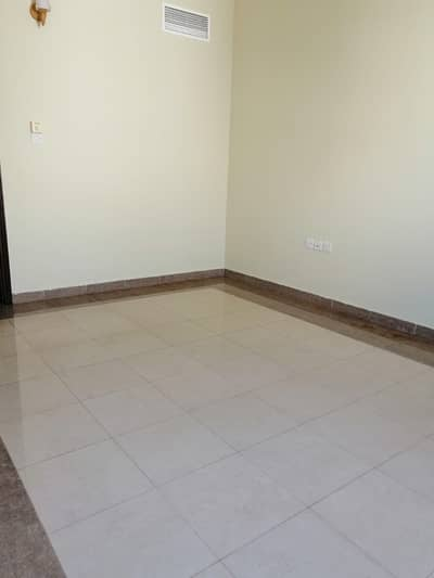 1 Bedroom Flat for Rent in Al Rawda, Ajman - spacious one bedroom apartment one month free