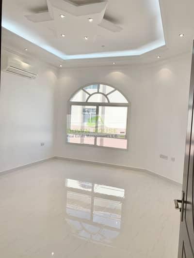 شقة 4 غرف نوم للايجار في مدينة خليفة أ، أبوظبي - ABD