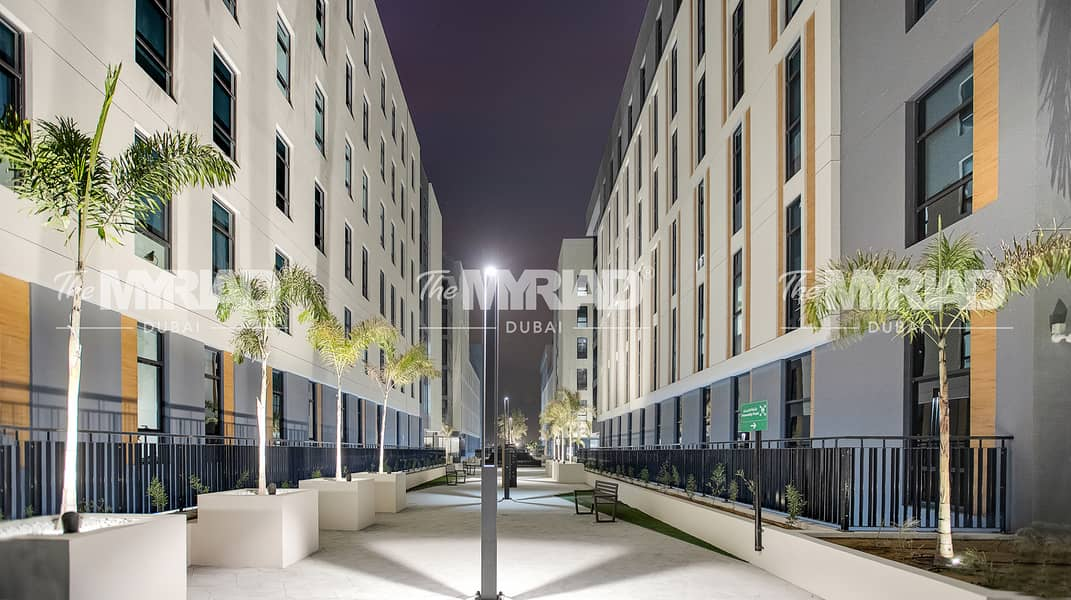 24 Student Accommodation | Double Room - Female Block | The Myriad Dubai