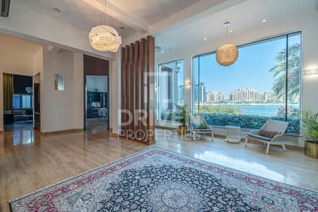 6 Bedroom Villa for Sale in Palm Jumeirah, Dubai - Gallery and Marina View | Fully Upgraded