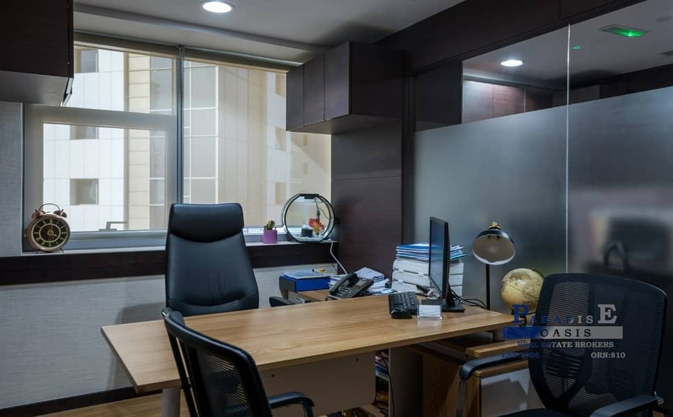 12 Fully Furnished Office Walk able to Metro Station