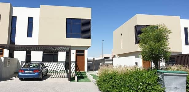 فیلا 3 غرف نوم للايجار في الطي، الشارقة - فیلا في نسمة ريزيدنس الطي 3 غرف 80000 درهم - 4827234