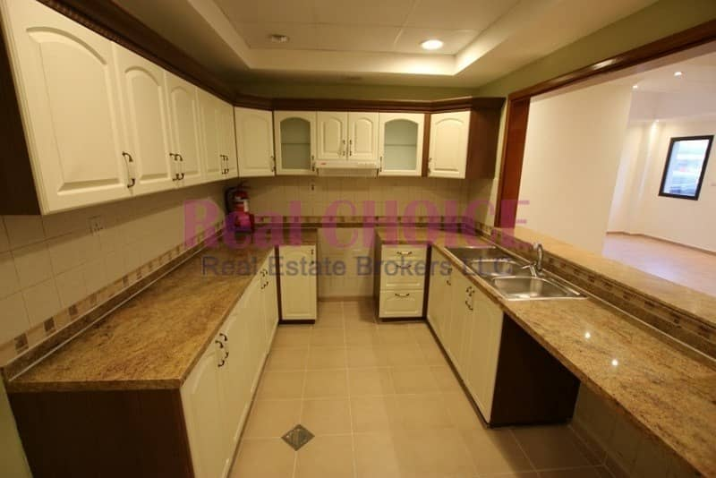 11 Vacant 1bedroom apartment with 12 cheques payment