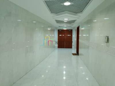 فلیٹ 1 غرفة نوم للايجار في منطقة الكورنيش، أبوظبي - Exquisite 1 BR Apartment with Swimming Pool