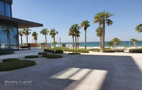 4 Bedroom Townhouse for Sale in Pearl Jumeirah, Dubai -  Pay 25%