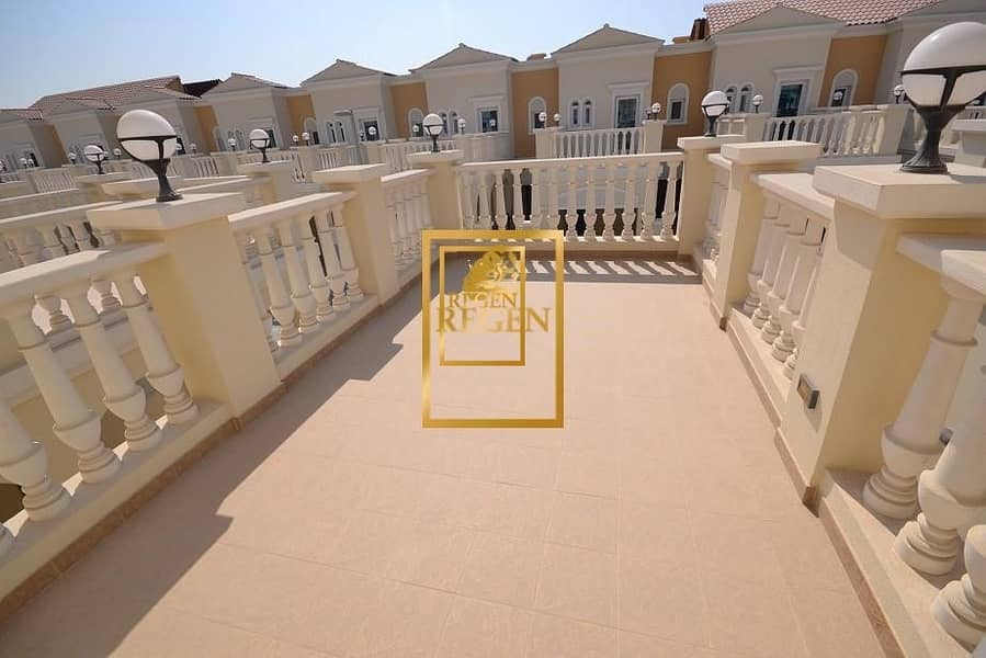 15 Park Facing Townhouse - One Bedroom Hall TH in District 12 of JVC For Rent