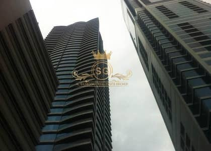 1 Bedroom Flat for Rent in Business Bay, Dubai - amazing bedroom unfurnished with sea view