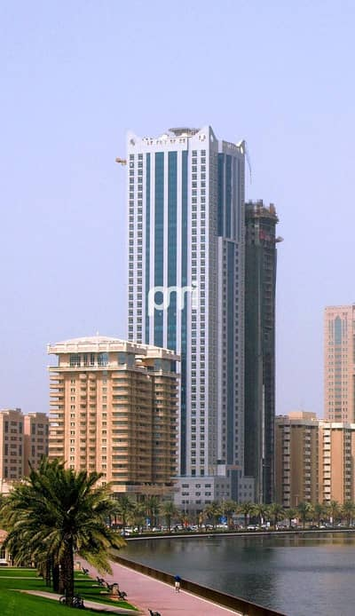 2 Bedroom Apartment for Rent in Al Khan, Sharjah - Bright Apartment | 2 Bed +Maid's | Fitted Kitchen