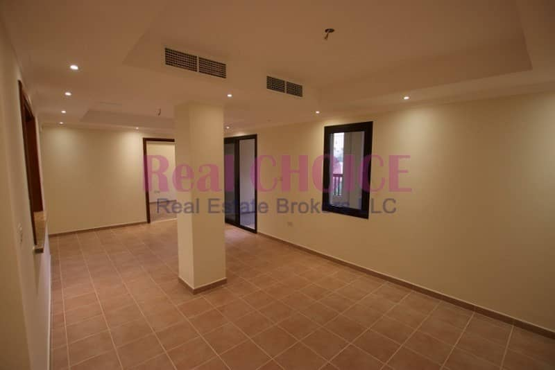 2 12 cheques payment | 1br apartment with covered balcony