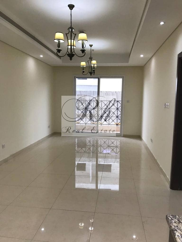 BEAUTIFUL AND SPACIOUS 1 BEDROOM APARTMENT FOR SALE