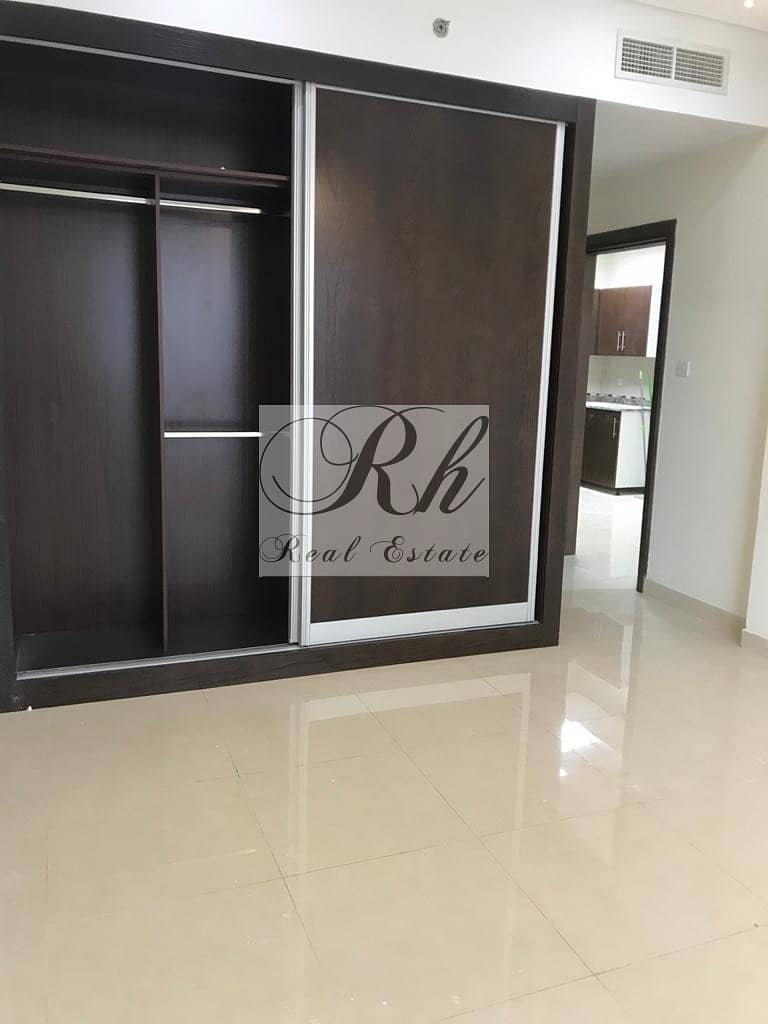 2 BEAUTIFUL AND SPACIOUS 1 BEDROOM APARTMENT FOR SALE
