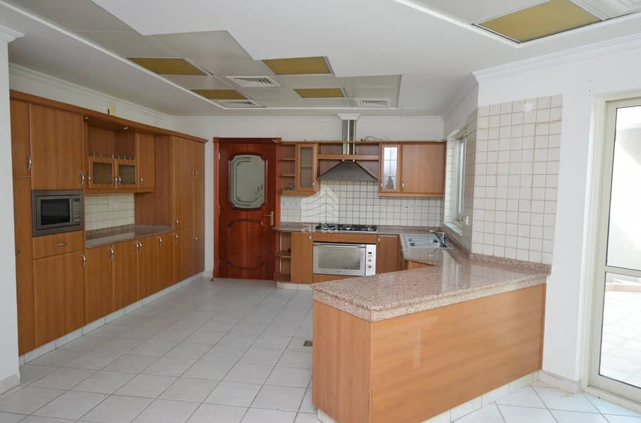 2 Open Kitchen | Spacious Rooms | Private Pool