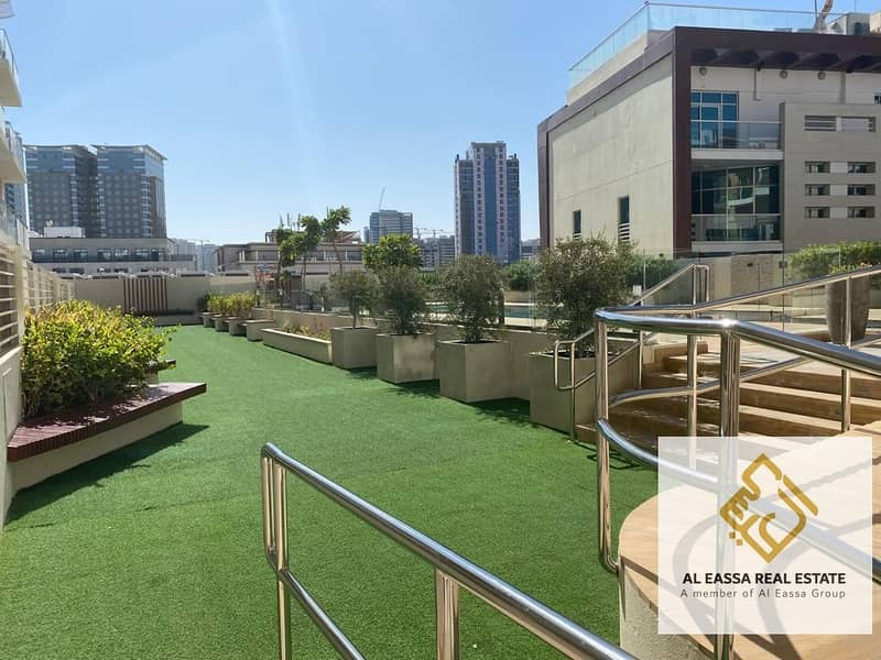 25 Bright 1 bedroom | Well Maintained | Incredible Layout