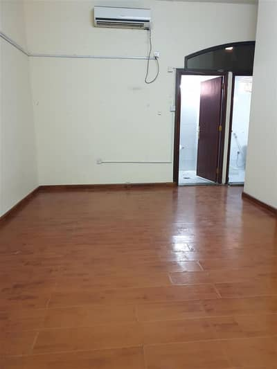 Studio for Rent in Al Karamah, Abu Dhabi - 1 Bhk Available in Villa Karama Area with big terrace near BANGLADESH embassy   Rent Monthly 36000