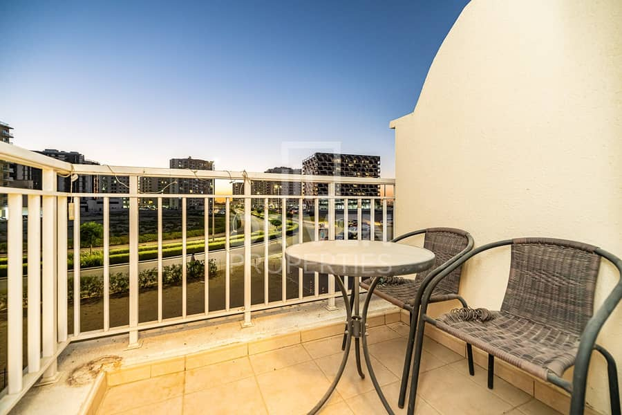 2 Delightful One Bedroom |Queue Point Apartment