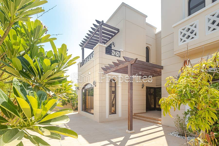 4 Bed Middle | Single Row |  Salam Centre