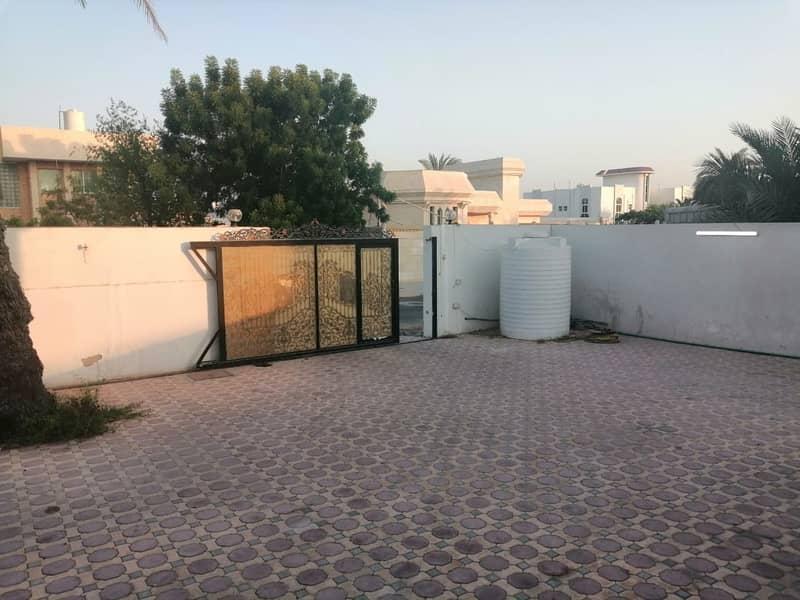Hot offer,4 bedroom ground floor villa with new ac