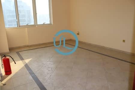 فلیٹ 2 غرفة نوم للايجار في المرور، أبوظبي - 2 bedroom apartment and balcony