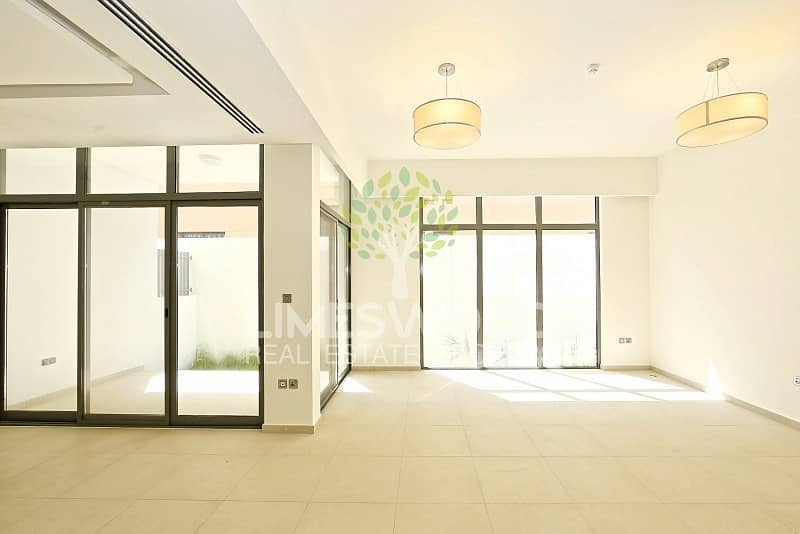 8 Brand new modern 3br villa in Al Wasl rd Al Badaa