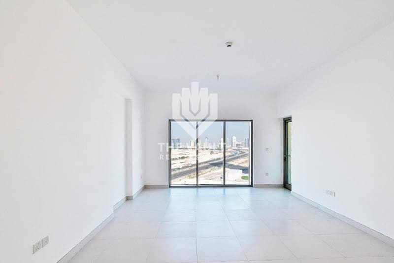 2 Brand New Building   Spacious   Flexible Rent