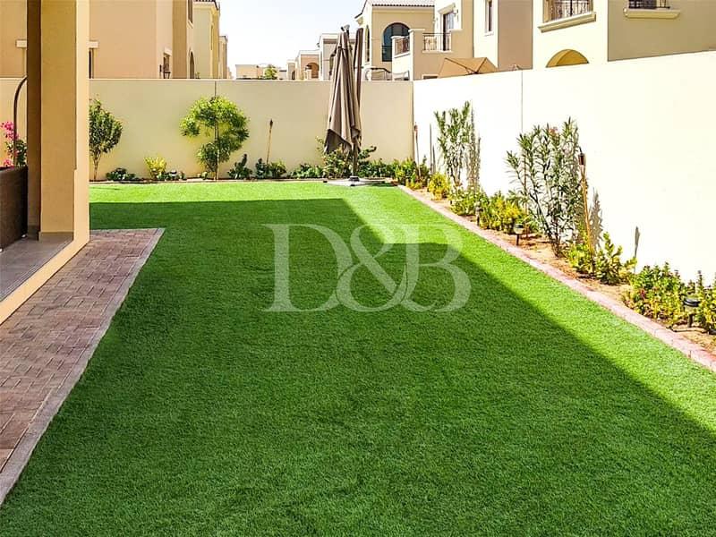 10 Landscaped Garden | Luxury Villa |  Vacant Now