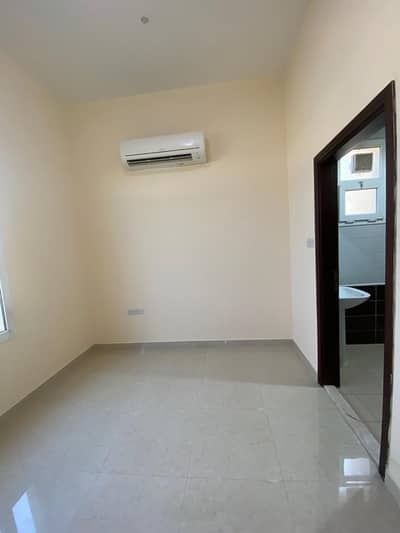 1 Bedroom Villa for Rent in Mohammed Bin Zayed City, Abu Dhabi - Hurry Up!!! Awesome 1BHK Without Commission