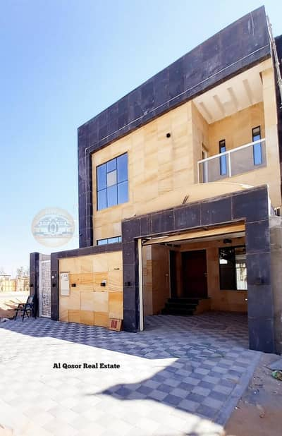 Take advantage of the opportunity and own a European designed villa on the street at an attractive price for purchase with the possibility of paying in convenient bank installments