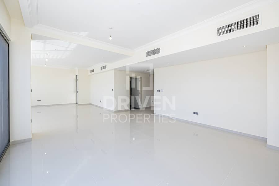 29 Ready To Move In | Spacious  | Upgraded