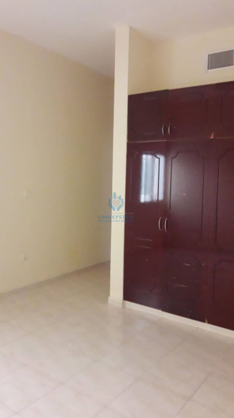 12 Nice Apartment 4 Bedrooms Hall in sorooj