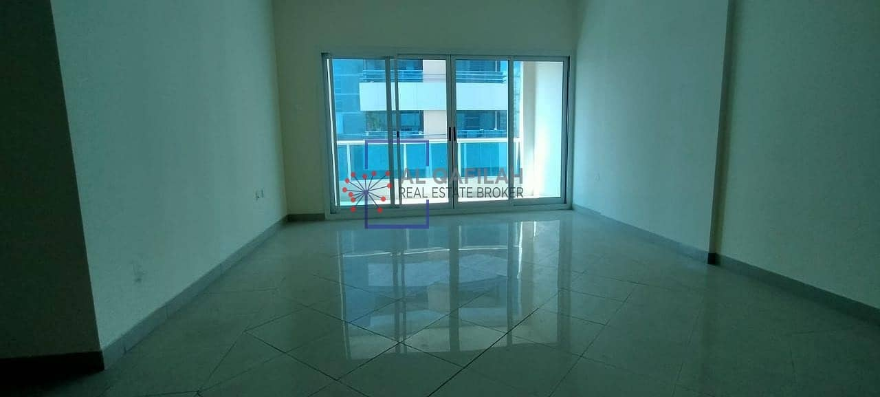 2 Well maintained  semi close Kitchen   balcony 