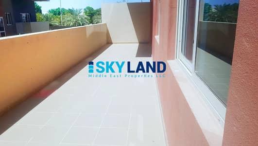 شقة 2 غرفة نوم للايجار في الريف، أبوظبي - VACANT ! Type A in Ground Floor w/ Big Terrace !