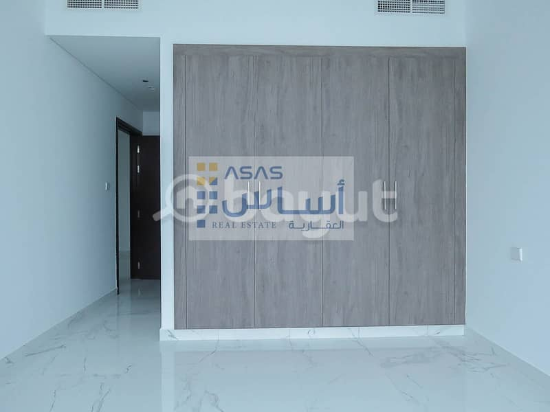21 EXCLUSIVE OFFER FOR BRAND NEW TWO B/R FLATS WITH BALCONY IN AL SATWA BUILDING - DUBAI WITH ONE MONTH FREE + ONE  PARKING