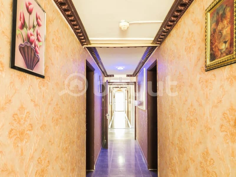 2 or  near AL WADHA MALL rent dhs 3500 P.M