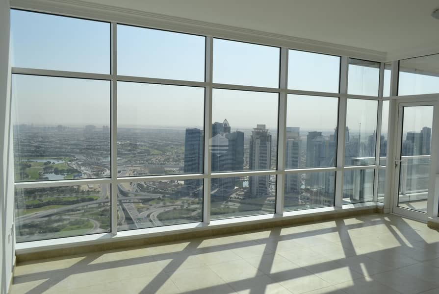 Chiller Free Huge 2 bedroom Apartment in Mag 218