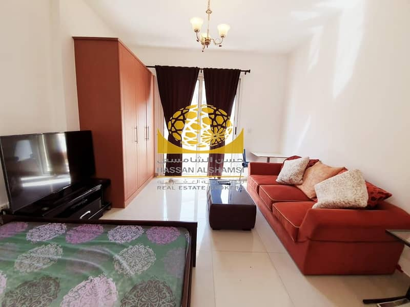 Exclusive-Well Maintained-Furnished On High Floor