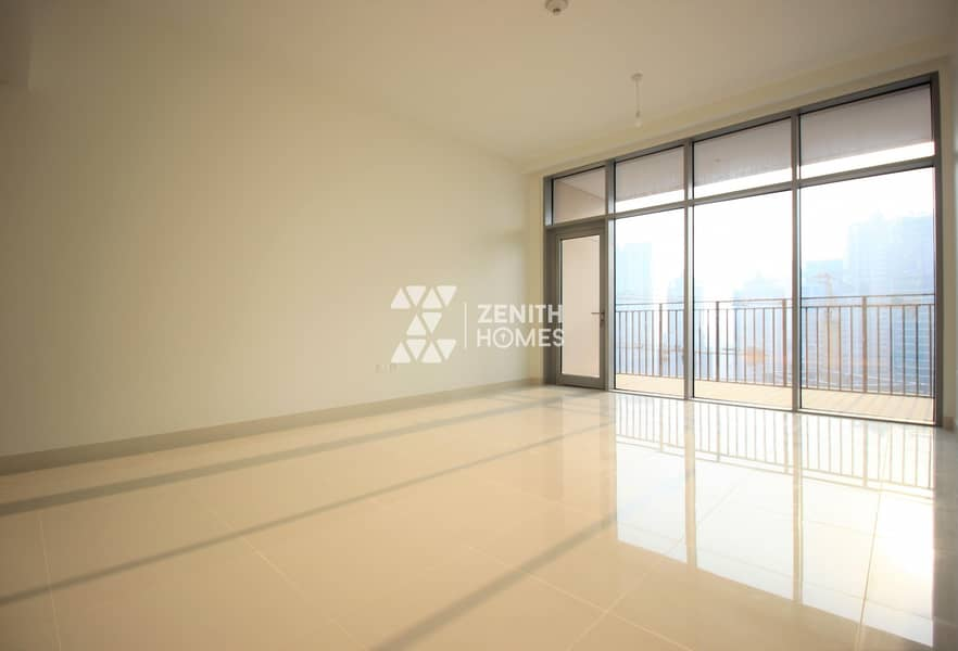 HIGH FLOOR | CHILLER FREE | SPACIOUS LAYOUT |