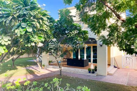 4 Bedroom Villa for Rent in Jumeirah Park, Dubai - Book it NOW|Beautiful garden|Regional