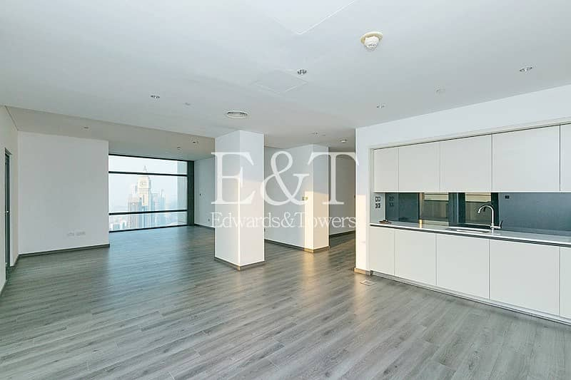 Upgraded Apt | Large Terrace | DIFC and Sea views
