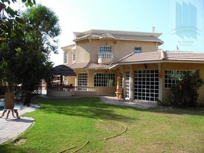 فیلا 5 غرف نوم للايجار في الجافلية، دبي - Astonishing Furnished Villa with Garden and Pool for rent