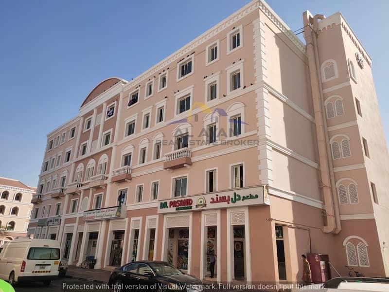 شقة في الحي الإيطالي المدينة العالمية 1 غرف 23000 درهم - 4818828