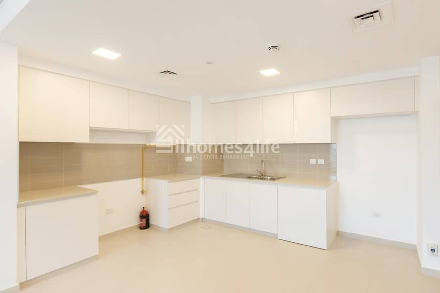 2 Bright and Spacious Apt | Minute to central Park