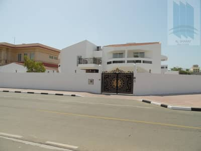9 Bedroom Villa for Sale in Al Mamzar, Dubai - Villa Double story 9 BR in Al Mamzar for sale (866)