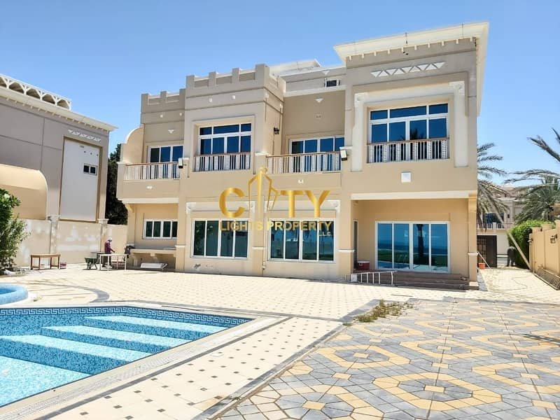 2 Luxury Residence | 4BR Villa with Direct Beach View
