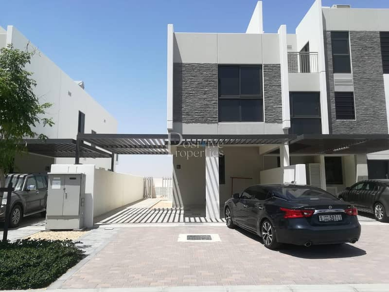 LAVISH 3 BR TOWNHOUSE YOUR DREAMED LIVING STYLE